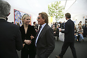 Gwyneth Paltrow and Valentino, The Professional View and Private View of Frieze Art Fair. London. 11 october 2006. -DO NOT ARCHIVE-© Copyright Photograph by Dafydd Jones 66 Stockwell Park Rd. London SW9 0DA Tel 020 7733 0108 www.dafjones.com
