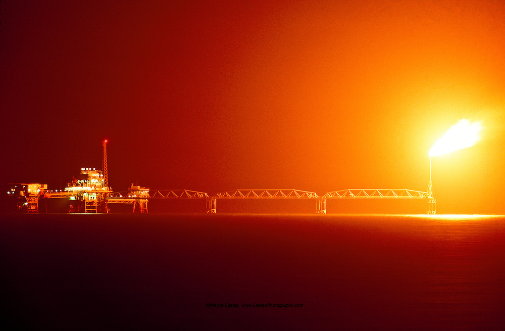 Oil rig in the Persian Gulf at Ra' As Saffaniyaa, Saudi Arabia.