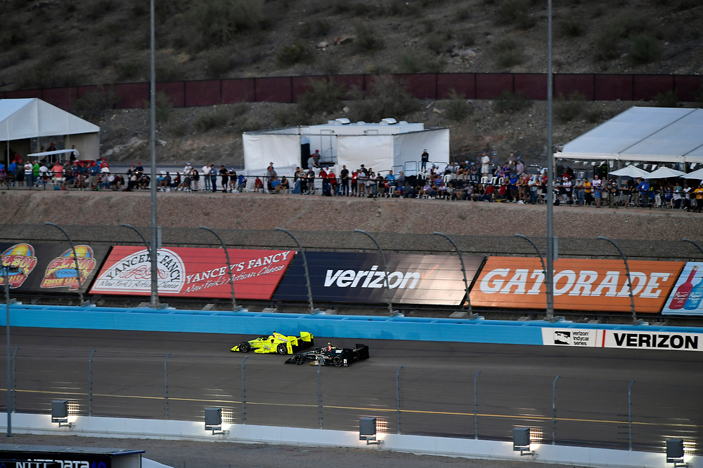 Verizon IndyCar Series<br /> Desert Diamond West Valley Phoenix Grand Prix<br /> Phoenix Raceway, Avondale, AZ USA<br /> Saturday 29 April 2017<br /> Simon Pagenaud, Team Penske Chevrolet, JR Hildebrand, Ed Carpenter Racing Chevrolet<br /> World Copyright: Scott R LePage<br /> LAT Images<br /> ref: Digital Image lepage-170429-phx-3424