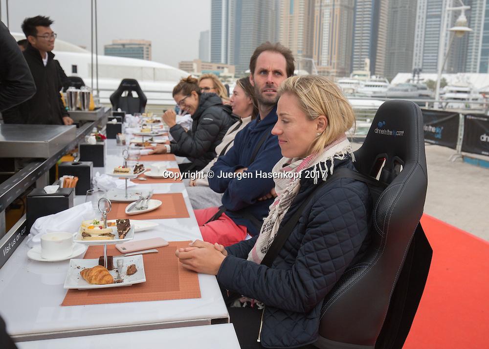 ANGELIQUE KERBER und Trainer Torben Beltz, DINNER IN THE SKY UAE<br /> <br /> Tennis - Dubai Tennis Championships 2017 -  WTA -  Dubai Duty Free Tennis Stadium - Dubai  -  - United Arab Emirates  - 21 February 2017.