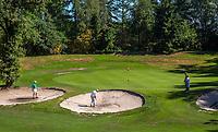 EINDHOVEN   - hole 8 met 3 bunkers voor de green ,  Golfbaan Welschap.   COPYRIGHT KOEN SUYK