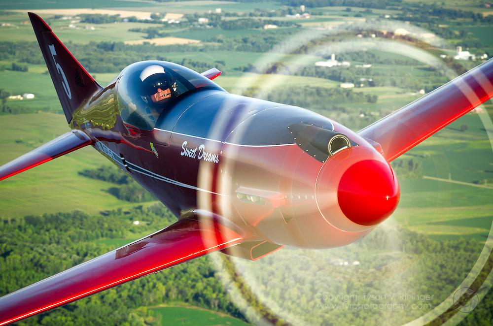 Lee Behel pilots the one-off George Pereira-designed GP-5