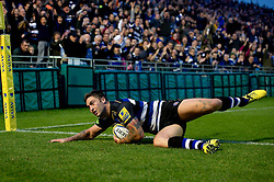 Matt Banahan of Bath Rugby scores a try in the first half - Mandatory byline: Patrick Khachfe/JMP - 07966 386802 - 10/10/2015 - RUGBY UNION - The Recreation Ground - Bath, England - Bath Rugby v Exeter Chiefs - West Country Challenge Cup.