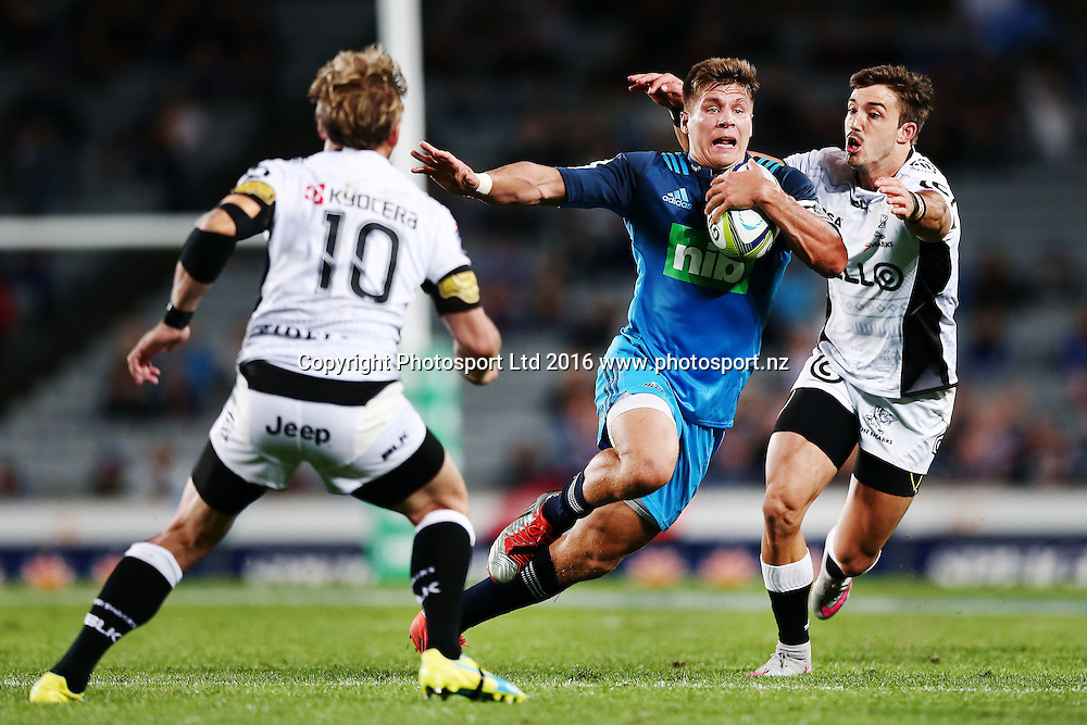 Piers Francis of the Blues makes a run. Super Rugby match, Blues v Sharks at Eden Park, Auckland, New Zealand. 16 April 2016. Photo: Anthony Au-Yeung / www.photosport.nz