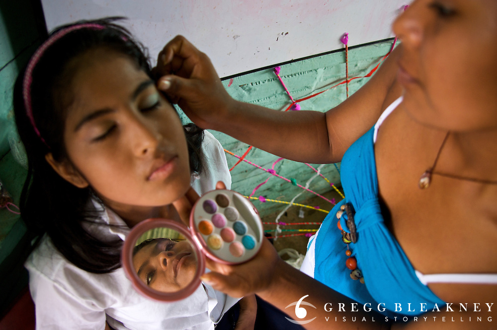 A young woman prepares for a beauty contest - Puerto Narino - Amazonas - Colombia