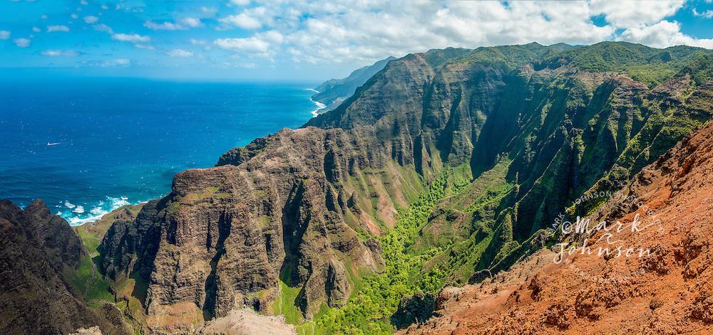 Nualolo Valley, Na Pali Coast, Kauai, Hawaii