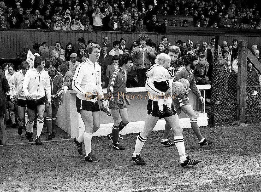 The teams take to the pitch for the FAI Cup Final. In the event, Dundalk beat Sligo Rovers 2–0. The winning goals were scored by John Archbold and Mick Fairclough.<br /> 26 April 1981