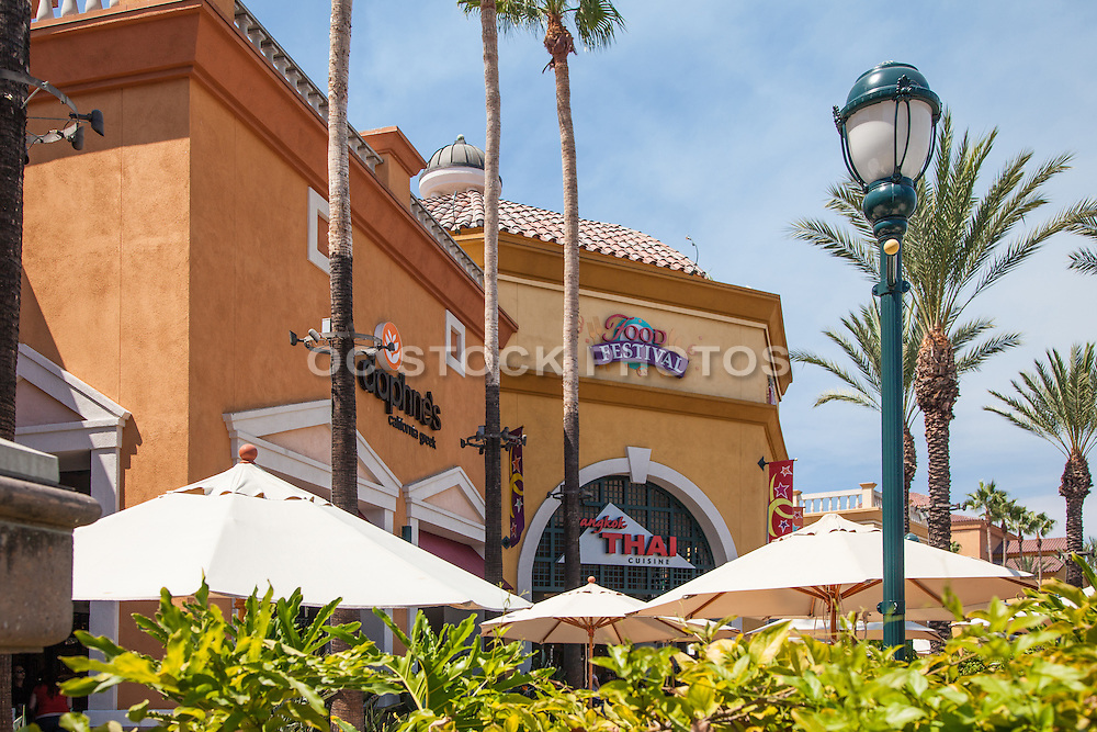 Outdoor Dining Courtyard at Foothill Ranch Town Centre