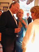 Ed Victor and Sally Greene. party hosted by Sally Greene for Michael Bloomberg Chelsea. London 2000. © Copyright Photograph by Dafydd Jones 66 Stockwell Park Rd. London SW9 0DA Tel 020 7733 0108 www.dafjones.com