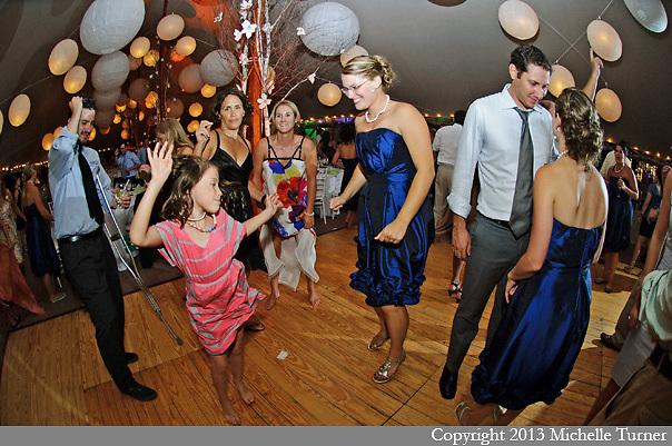 Abenaqui Country Club Wedding.  Image by New Hampshire Wedding Photographer Michelle Turner.