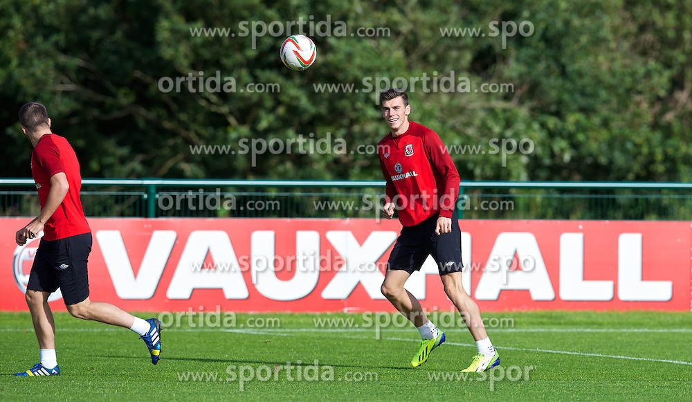 08.09.2013, Vale of Glamorgan, Cardiff, ENG, FIFA WM Qualifikation, Training Wales, im Bild Wales' Gareth Bale during a practice session of English Footballteam at Vale of Glamorgan in Cardiff, Wales on 2013/09/08. EXPA Pictures &copy; 2013, PhotoCredit: EXPA/ Propagandaphoto/ David Rawcliffe<br /> <br /> ***** ATTENTION - OUT OF ENG, GBR, UK *****
