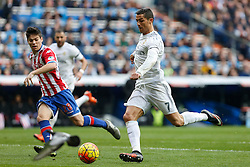 17.01.2016, Estadio Santiago Bernabeu, Madrid, ESP, Primera Division, Real Madrid vs Real Sporting, 20. Runde, im Bild Real Madrid´s Cristiano Ronaldo // during the Spanish Primera Division 20th round match between Real Madrid and Real Sporting at the Estadio Santiago Bernabeu in Madrid, Spain on 2016/01/17. EXPA Pictures © 2016, PhotoCredit: EXPA/ Alterphotos/ Victor Blanco<br /> <br /> *****ATTENTION - OUT of ESP, SUI*****