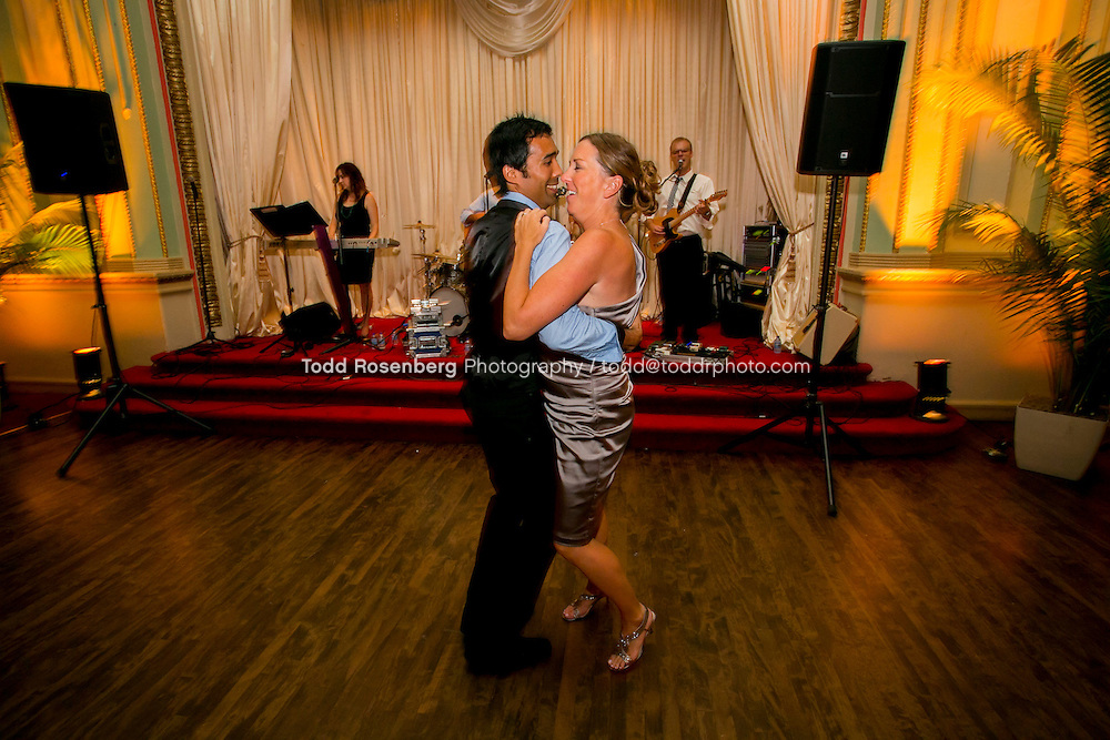 7/14/12 9:58:37 PM -- Julie O'Connell and Patrick Murray's Wedding in Chicago, IL.. © Todd Rosenberg Photography 2012
