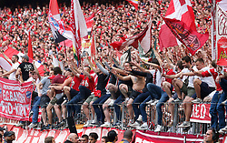 18.05.2019, Allianz Arena, Muenchen, GER, 1. FBL, FC Bayern Muenchen vs Eintracht Frankfurt, 34. Runde, Meisterfeier nach Spielende, im Bild Bayern Fans in der Südkurve // during the celebration after winning the championship of German Bundesliga season 2018/2019. Allianz Arena in Munich, Germany on 2019/05/18. EXPA Pictures © 2019, PhotoCredit: EXPA/ SM<br /> <br /> *****ATTENTION - OUT of GER*****