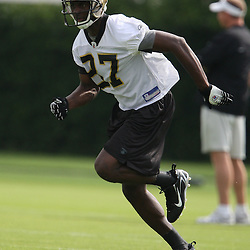 2008 May 21: New Orleans Saints rookie receiver Adrian Arrington #87 runs during team organized activities at the Saints training facility in Metairie, LA. .