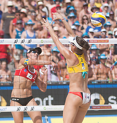03.08.2013, Klagenfurt, Strandbad, AUT, A1 Beachvolleyball EM 2013, Finale Damen, Spiel 72, im Bild Doris Schwaiger 2 AUT, Elsa BAQUERIZO MACMILLAN 2 ESP// during Gold Medal Match match 72 of the A1 Beachvolleyball European Championship at the Strandbad Klagenfurt, Austria on 2013/08/03. EXPA Pictures © 2013, EXPA Pictures © 2013, PhotoCredit: EXPA/ Mag. Gert Steinthaler