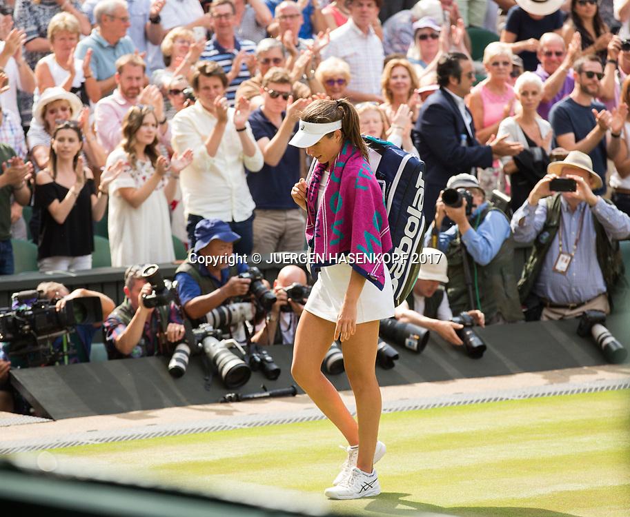 JOHANNA KONTA (GBR) verlaesst den Platz mit haengendem Kopf, Zuschauer applaudieren,Applaus,Emotion,<br /> <br /> Tennis - Wimbledon 2017 - Grand Slam ITF / ATP / WTA -  AELTC - London -  - Great Britain  - 13 July 2017.