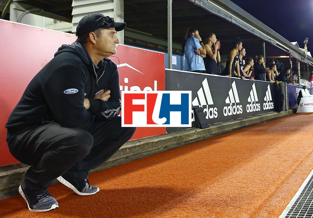 New Zealand, Auckland - 24/11/17  <br /> Sentinel Homes Women&rsquo;s Hockey World League Final<br /> Harbour Hockey Stadium<br /> Copyrigth: Worldsportpics, Rodrigo Jaramillo<br /> Match ID: 10310 - ENG-NZL<br /> Photo: (Head Coach) HAGER Mark