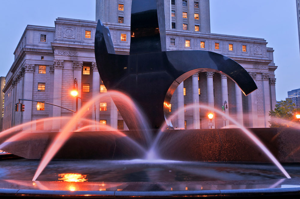 Thurgood Marshall U.S. Courthouse, by Cass Gilbert, Triumph of the Human Spirit,.Sculptor Lorenzo Pace, Foley Square, Manhattan,  New York City, New York, USA, fountain