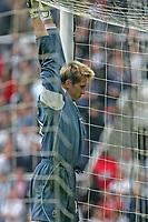 Photo: Andrew Unwin.<br />Newcastle United v West Bromwich Albion. The Barclays Premiership. 22/04/2006.<br />West Bromwich's Tomasz Kuszczak.