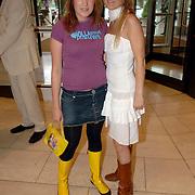 NLD/Amsterdam/20060614 - Haringparty 006 Hilton hotel Amsterdam, Lola Brood en Wytske Genemans