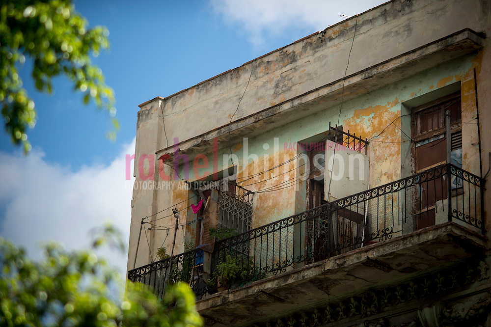 Cuba, Havana central, along el prado, architecture, laundry