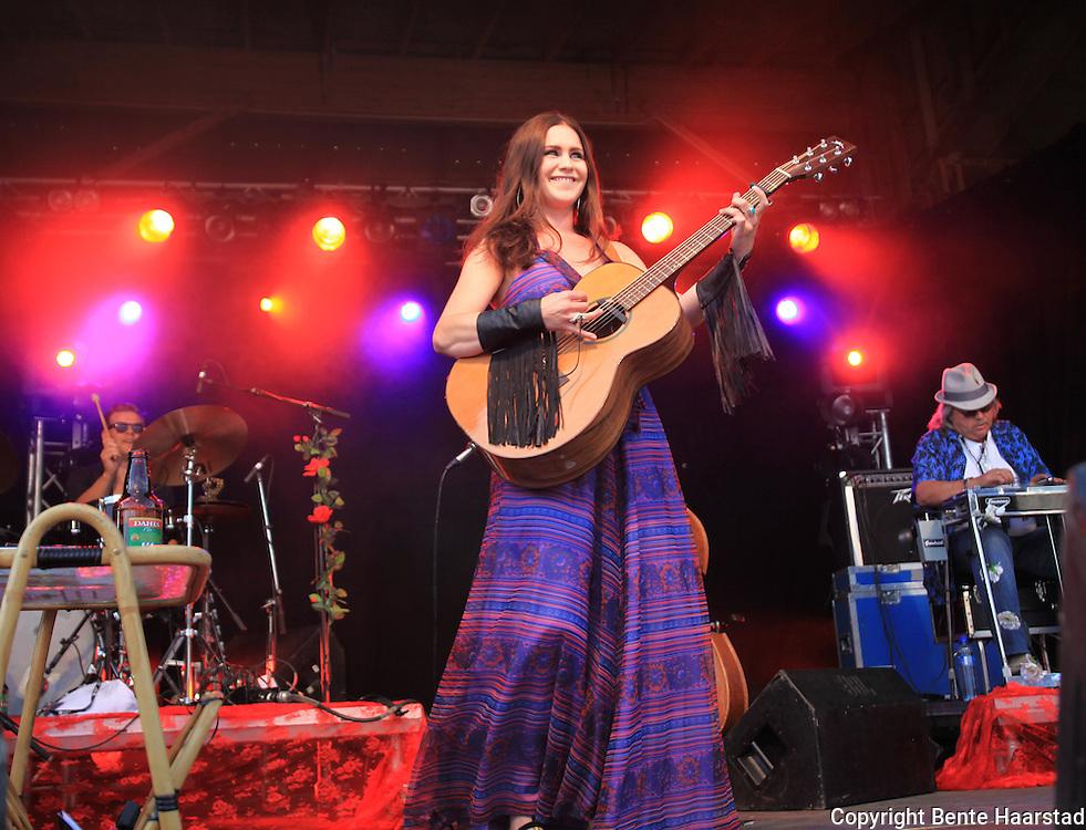 Ida Jenshus. Tydalsfestivalen. Foto: Bente Haarstad