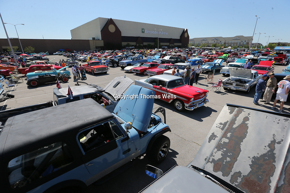 Over 1,000 cars and trucks made this year's Blue Suede Cruise that largest event in it's 15 year history.