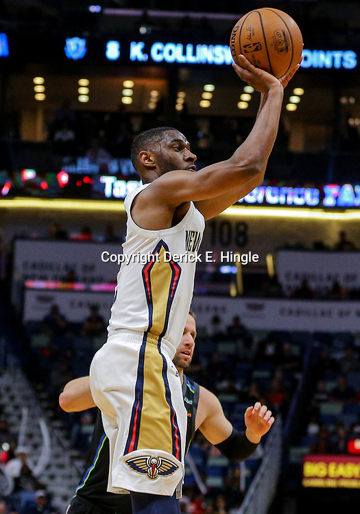 Mar 20, 2018; New Orleans, LA, USA; New Orleans Pelicans guard Ian Clark (2) shoots against the Dallas Mavericks during the second half at the Smoothie King Center. Pelicans defeated the Mavericks 115-105. Mandatory Credit: Derick E. Hingle-USA TODAY Sports