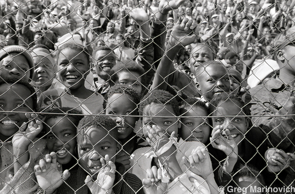 Crowds gather to watch Nelson Mandela and Mangosuthu Buthelezi in Soweto and Vosloorus 15 September 1994