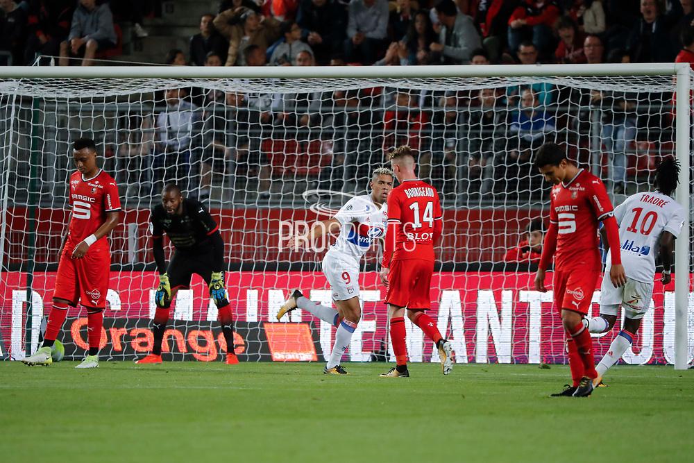 Mariano DIAZ MEJIA (Olympique Lyonnais) headed the ball to score a goal against Hamari TRAORE (STADE RENNAIS FOOTBALL CLUB) and Abdoulaye DIALLO (STADE RENNAIS FOOTBALL CLUB), celebration, Benjamin BOURIGEAUD (STADE RENNAIS FOOTBALL CLUB), Bertrand TRAORE (Olympique Lyonnais), Benjamin ANDRE (STADE RENNAIS FOOTBALL CLUB) during the French championship L1 football match between Rennes v Lyon, on August 11, 2017 at Roazhon Park stadium in Rennes, France - Photo Stephane Allaman / ProSportsImages / DPPI