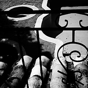 URBE SIGILOSA.Photography by Aaron Sosa.Caracas - Venezuela 2008.(Copyright © Aaron Sosa)