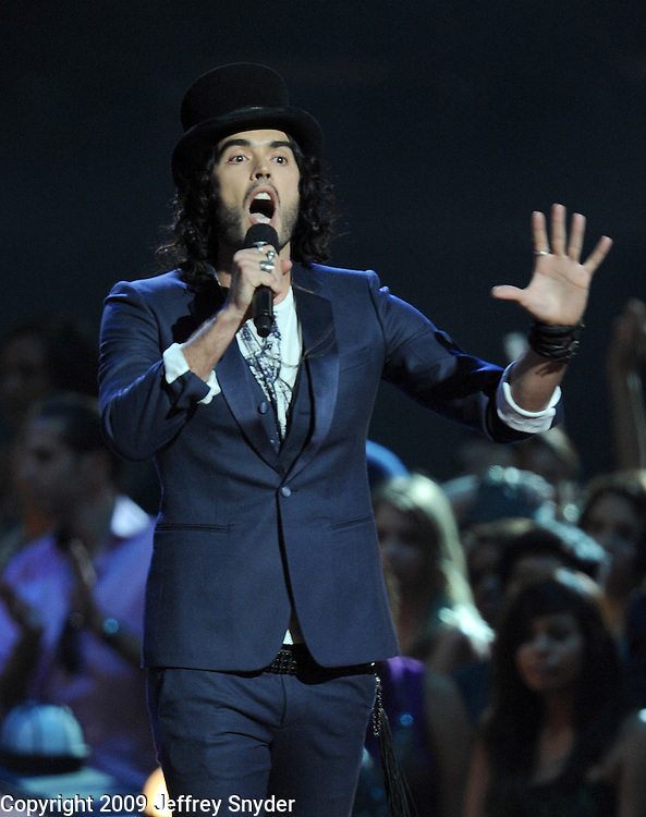 New York, NY-September 13, 2009: Russell Brand performs during the MTV Video Music Awards at Radio City Music Hall on September 13, 2009 in New York City (Photo by Jeff Snyder/PictureGroup)