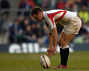 2005 Rugby, Investec Challenge, England vs Manu Samoa, Charlie Hodgeson places the ball before, kicking a first half penalty, as England beat Samoa 40 points to 3 at the  RFU stadium, Twickenham, ENGLAND:     26.11.2005   © Peter Spurrier/Intersport Images - email images@intersport-images..