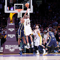 01-04 PACERS AT LAKERS