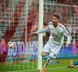 29.04.2014, Allianz Arena, Muenchen, GER, UEFA CL, FC Bayern Muenchen vs Real Madrid, Halbfinale, Ruckspiel, im Bild Jubel bei Sergios Ramos (Real Madrid) nach seinem Tor zum 0:1 fuer Real Madrid // during the UEFA Champions League Round of 4, 2nd Leg Match between FC Bayern Munich vs Real Madrid at the Allianz Arena in Muenchen, Germany on 2014/04/29. EXPA Pictures © 2014, PhotoCredit: EXPA/ Eibner-Pressefoto/ Stuetzle<br /> <br /> *****ATTENTION - OUT of GER*****