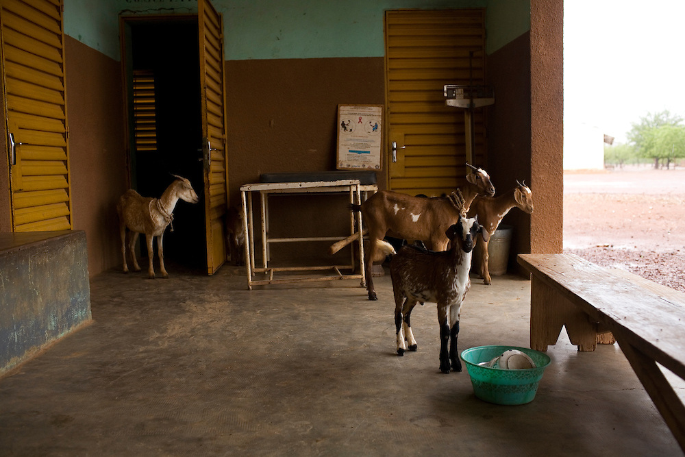 Maternity ward. CM in Kiembara, Burkina Faso.