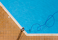 Pool cleaner works with  coiled hosepipe