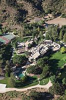 Will Smith & Jada Pinkett have a sprawling estate in the Santa Monica Mountains, California.