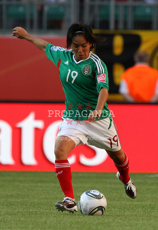 27.06.2011, Arena im Allerpark Wolfsburg , Wolfsburg ,  GER, FIFA Women Worldcup 2011, Gruppe B ,   Mexico (MEX) vs. England (ENG). im Bild Monica Ocampo  (MEX) during the FIFA Women Worldcup 2011, Pool B, Mexico vs England on 2011/06/26, Arena im Allerpark , Wolfsburg, Germany.  .EXPA Pictures © 2011, PhotoCredit: EXPA/ nph/  Hessland       ****** out of GER / SWE / CRO  / BEL ******