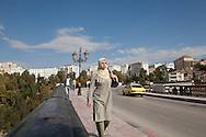 Algeria. Constantine. Sidi Rasheed  bridge on the Rhumel river , old city    / Algerie, Constantine.  le pont Sidi Rasheedsur le Rhumel , la vielle ville  sur le rocher,     08