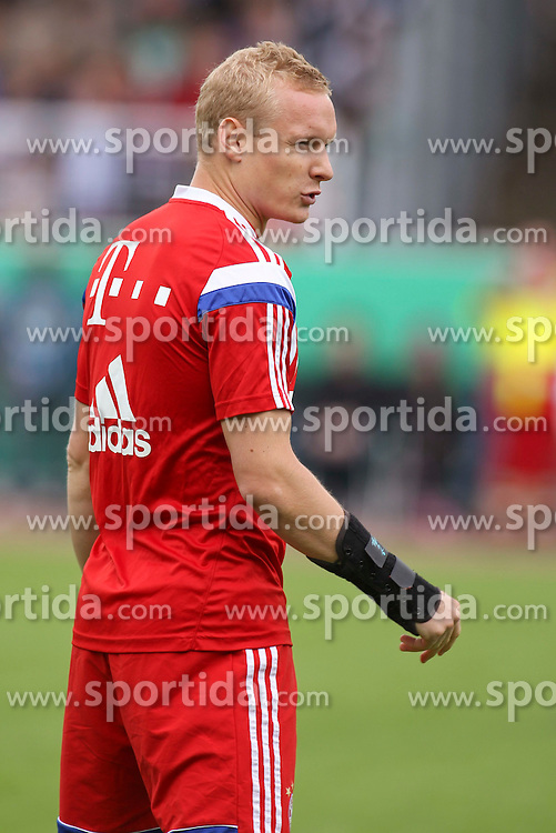17.08.2014, Preussenstadion, Muenster, GER, DFB Pokal, SC Preussen Muenster vs FC Bayern Muenchen, 1. Runde, im Bild Sommer-Neuzugang Sebastian Rode (FC Bayern Muenchen #20) // during the 1st round match of German DFB Pokal between SC Preussen Muenster vs FC Bayern Munich at the Preussenstadion in Muenster, Germany on 2014/08/17. EXPA Pictures &copy; 2014, PhotoCredit: EXPA/ Eibner-Pressefoto/ Schueler<br /> <br /> *****ATTENTION - OUT of GER*****