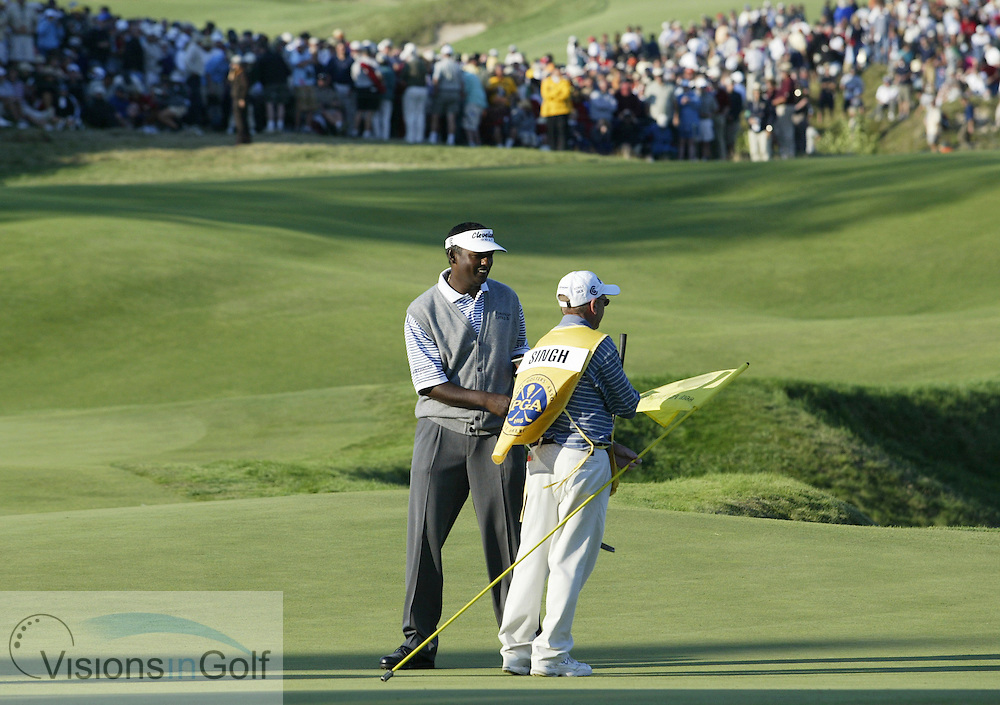 Vijay Singh finishes on the 18th green in regulation play<br />2004 PGA Championship Rnd 3 Saturday, August 14, 2004 at Whistling Straits GC, Wisconsin<br /> Photo: Michael C. Cohen