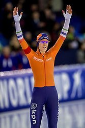 10-12-2016 NED: ISU World Cup Speed Skating, Heerenveen<br /> 1500 m women / Ireen Wüst heeft tijdens de vierde wereldbeker schaatsen in Heerenveen de 1500 meter op haar naam geschreven. Wust zegevierde in het vernieuwde Thialf in een tijd van 1.55,34.