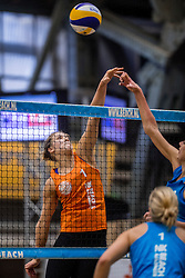 07-01-2017 NED: NK Beachvolleybal Indoor, Aalsmeer<br /> Laura Bloem
