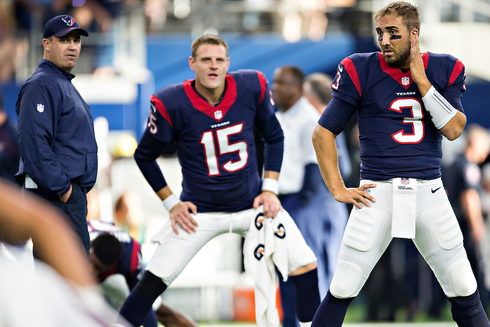ARLINGTON, TX - SEPTEMBER 3:  Head Coach Bill O'Brien, Tom Savage and Ryan Mallett #15 of the Houston Texans talk before a preseason game against the Dallas Cowboys at AT&T Stadium on September 3, 2015 in Arlington, Texas.  The Cowboys defeated the Texans 21-14.  (Photo by Wesley Hitt/Getty Images) *** Local Caption *** Bill O'Brien; Ryan Mallett; Tom Savage