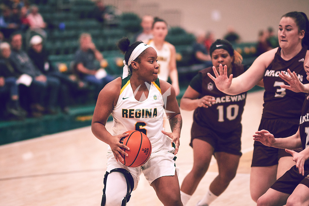 3rd year guard, Kyia Giles (6) of the Regina Cougars during the Women's Basketball Home Game on Fri Nov 30 at Centre for Kinesiology,Health and Sport. Credit: Arthur Ward/Arthur Images