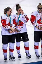 22-02-2018 KOR: Olympic Games day 13, PyeongChang<br /> Final Ice Hockey Canada - USA 2-3 / Lauriane Rougeau #5 of Canada, Rebecca Johnston #6 of Canada