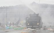 MEXDF13092013: La polic&Igrave;a federal desaloja el z&Ucirc;calo capitalino.<br /> FOTO:SANTIAGO SALMERON