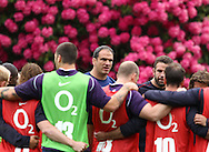 Pennyhill Park - Wednesday 26 May 2010:  Martin Johnson briefs the England EPS team during the England Elite Player Squad training session at Pennyhill Park, Bagshot Surrey. England play the Barbarians at Twickenham on June 30th 2010. (Pic by Andrew Tobin/Focus Images)